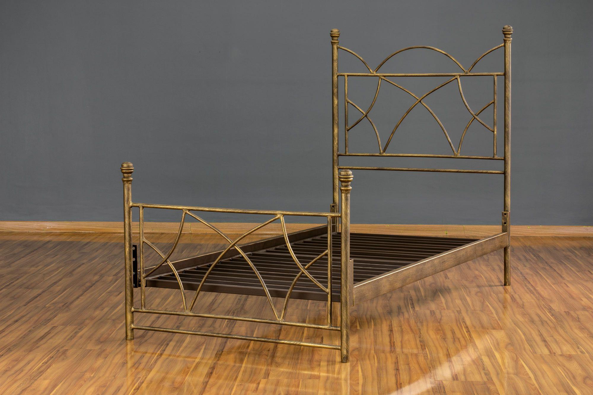 Cama de ferro Arábia Solterio