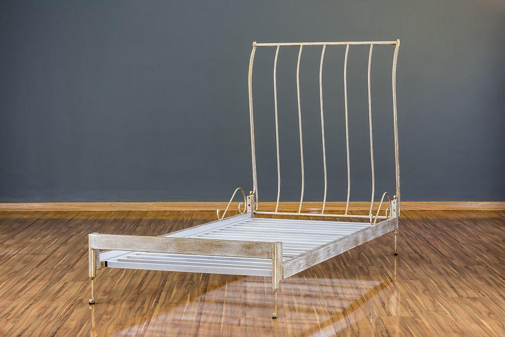 Cama de Ferro Forjado Mar Solteiro Sem Peseira-  Branca com Patina de Ouro Envelhecido