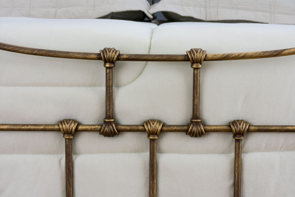 Cama de Ferro Francesa - Sem desenho da peseira - King Size