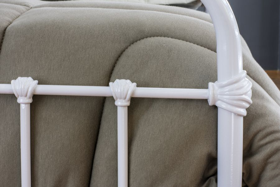 Cama de Ferro Patente King Branca