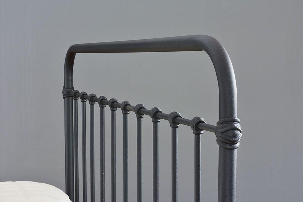 Cama de Ferro Patente Queen - Sem Peseira - Preto fosco