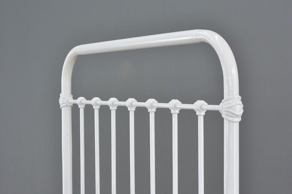 Cama de Ferro Patente Solteiro Branca - Sem Peseira