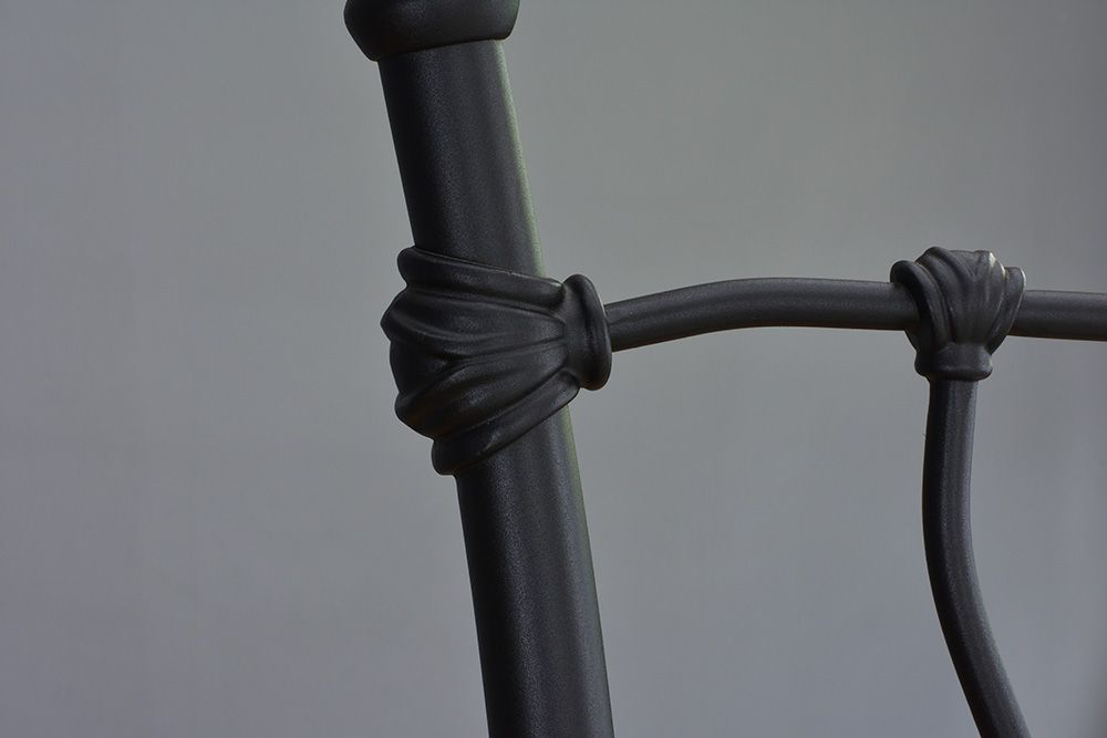 Cama de Ferro Princesa King - Sem Peseira - Preto fosco