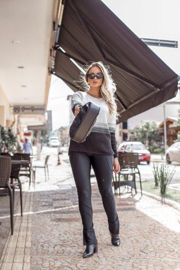 Blusa Tricô Patena Tricot Louise Reglã Degradê Is Off Preta