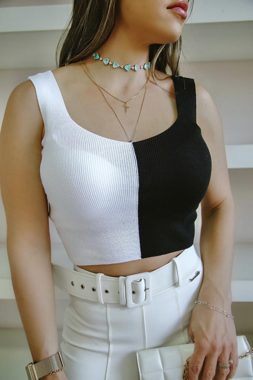Regata Thaeme Patena Tricot Top Cropped Bicolor Mj Preto Branco