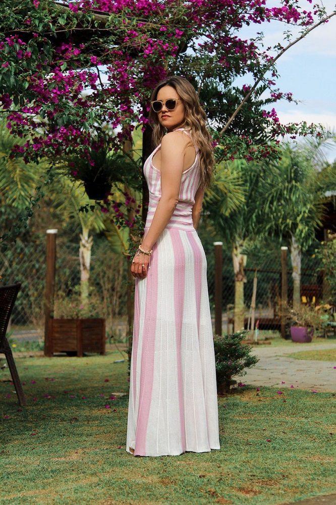 Vestido Longo Tricot Listrado Decote Profundo Rosa