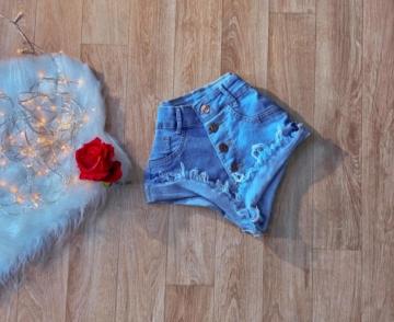 Shorts Jeans de Botão