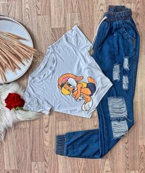 T-Shirt Feminina Desenho Animado