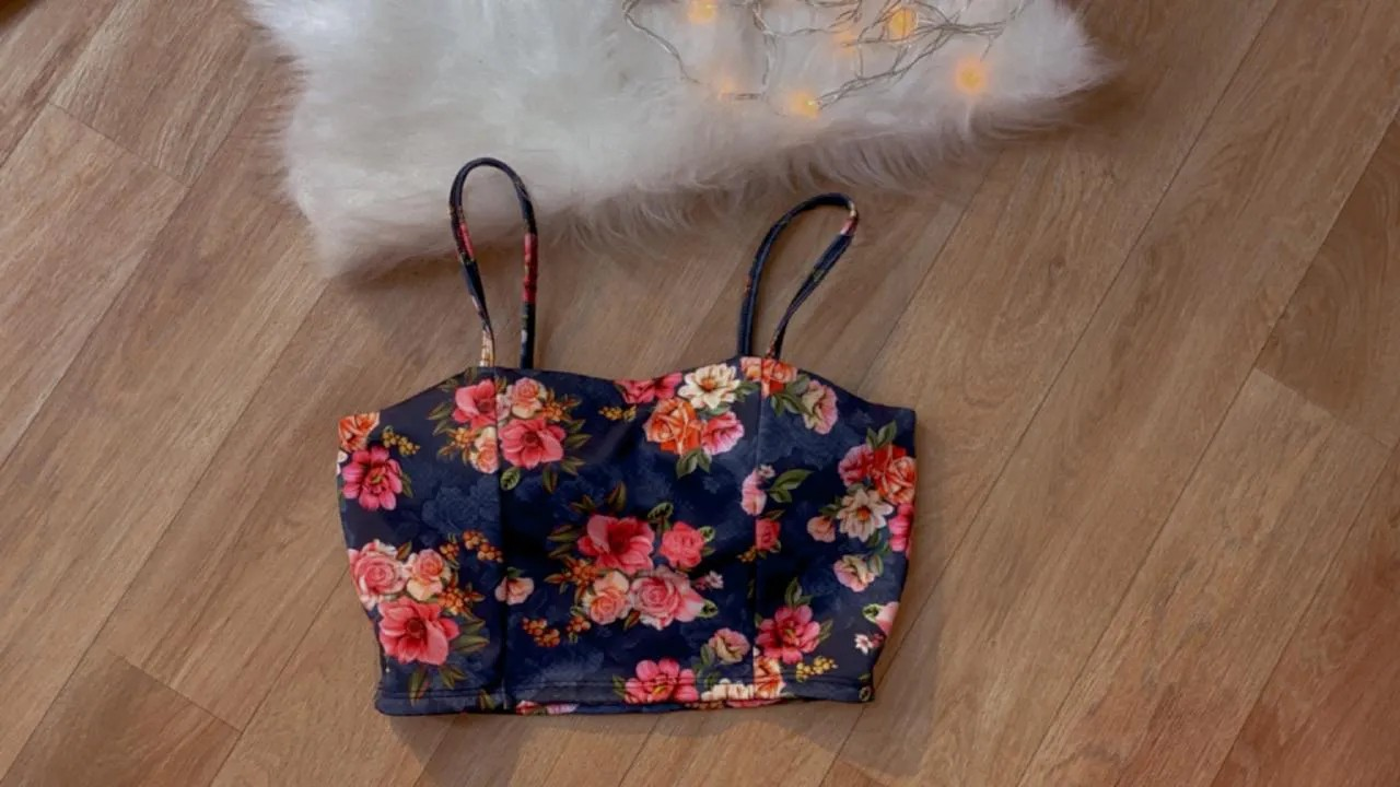 Cropped Floral