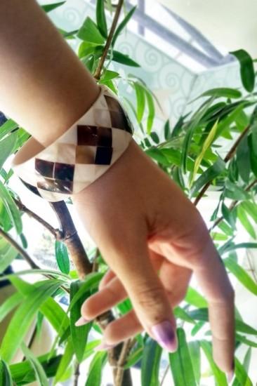 Bracelete De Madrepérola Xadrez