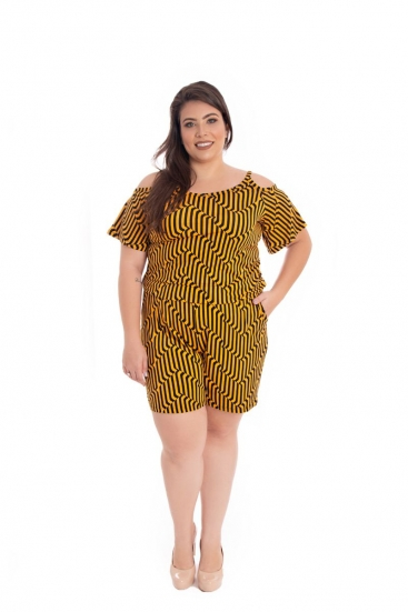 Macaquinho Plus Size De Malha Listrado Preto E Amarelo Mostarda