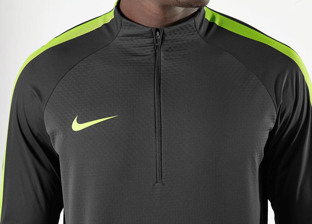 Camiseta Nike Manga Longa Football Training Linha Inverno