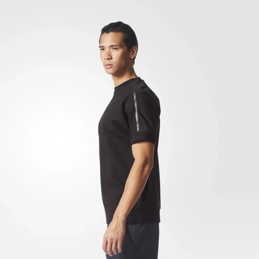 Camiseta Preta adidas Crew Com Zíper Lateral Modelo Luxo