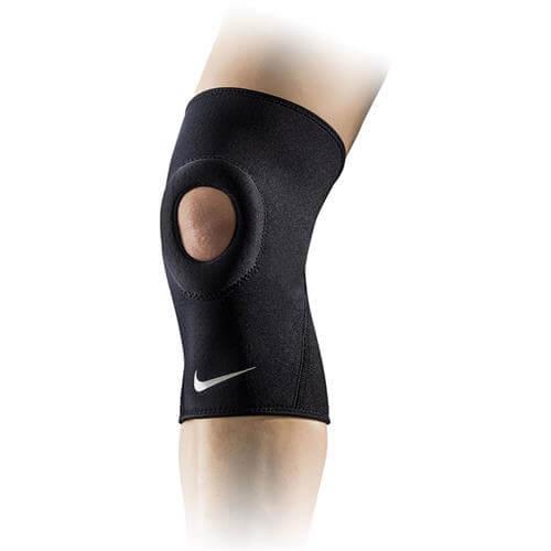 Joelheira Nike neoprene de compressão com abertura patelar AC3691