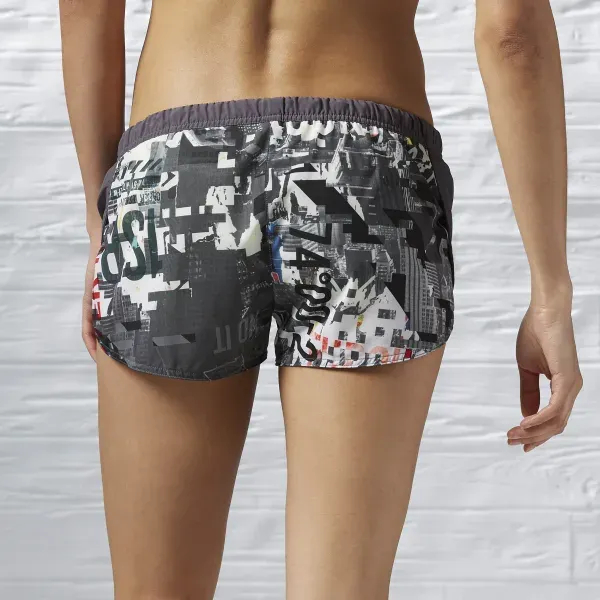 Shorts Feminino Reebok Running Com Abertura Lateral S94266