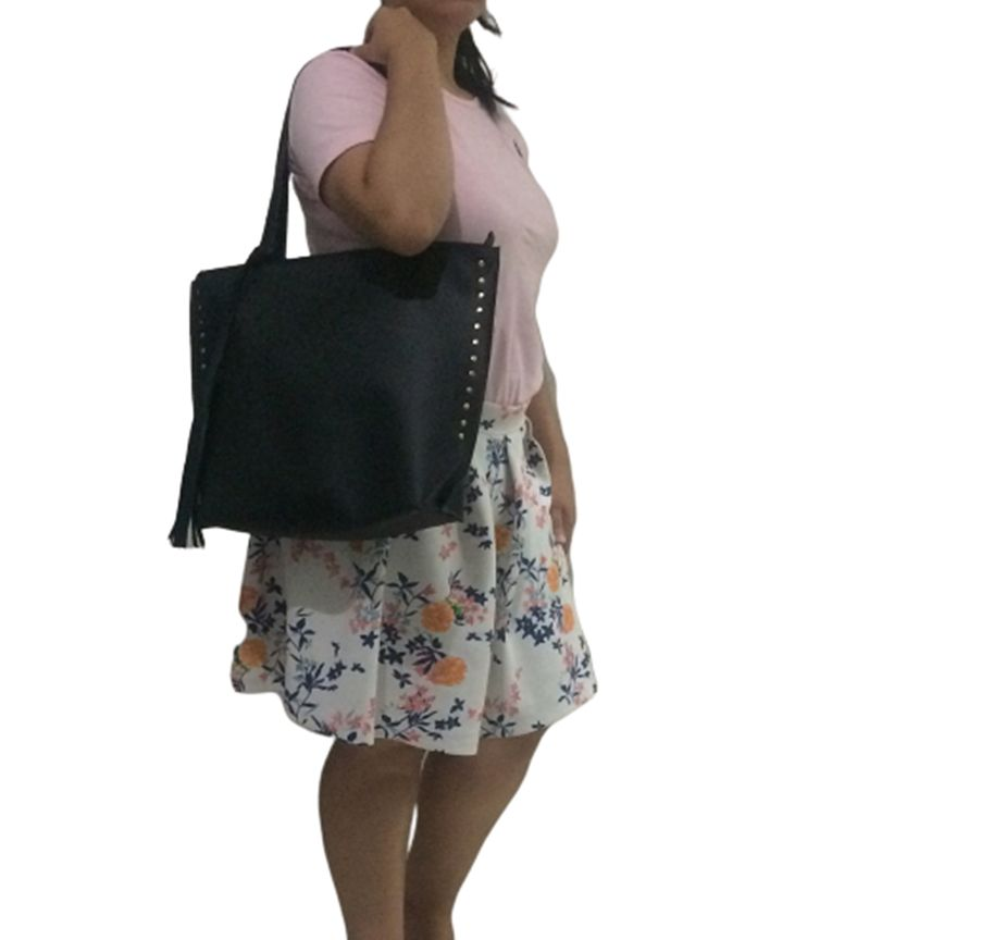 Bolsa Sacola Feminina Grande Spike Tarraxa Fashion Mulher Chic Preta