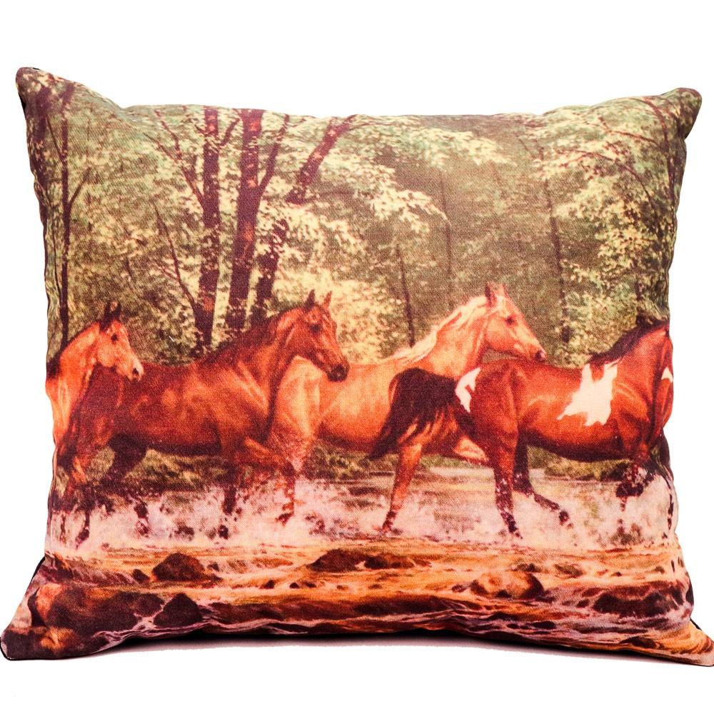 Almofada Country Cavalos Atravessando Rio