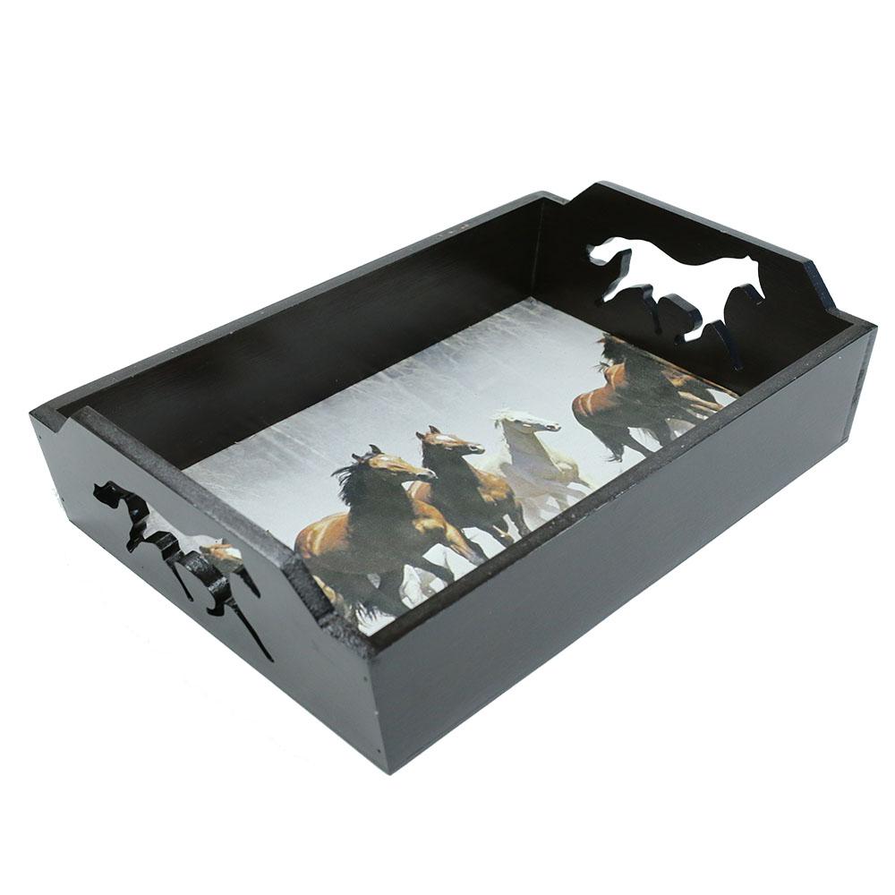 Bandeja de Madeira com Estampa de Cavalos no Campo