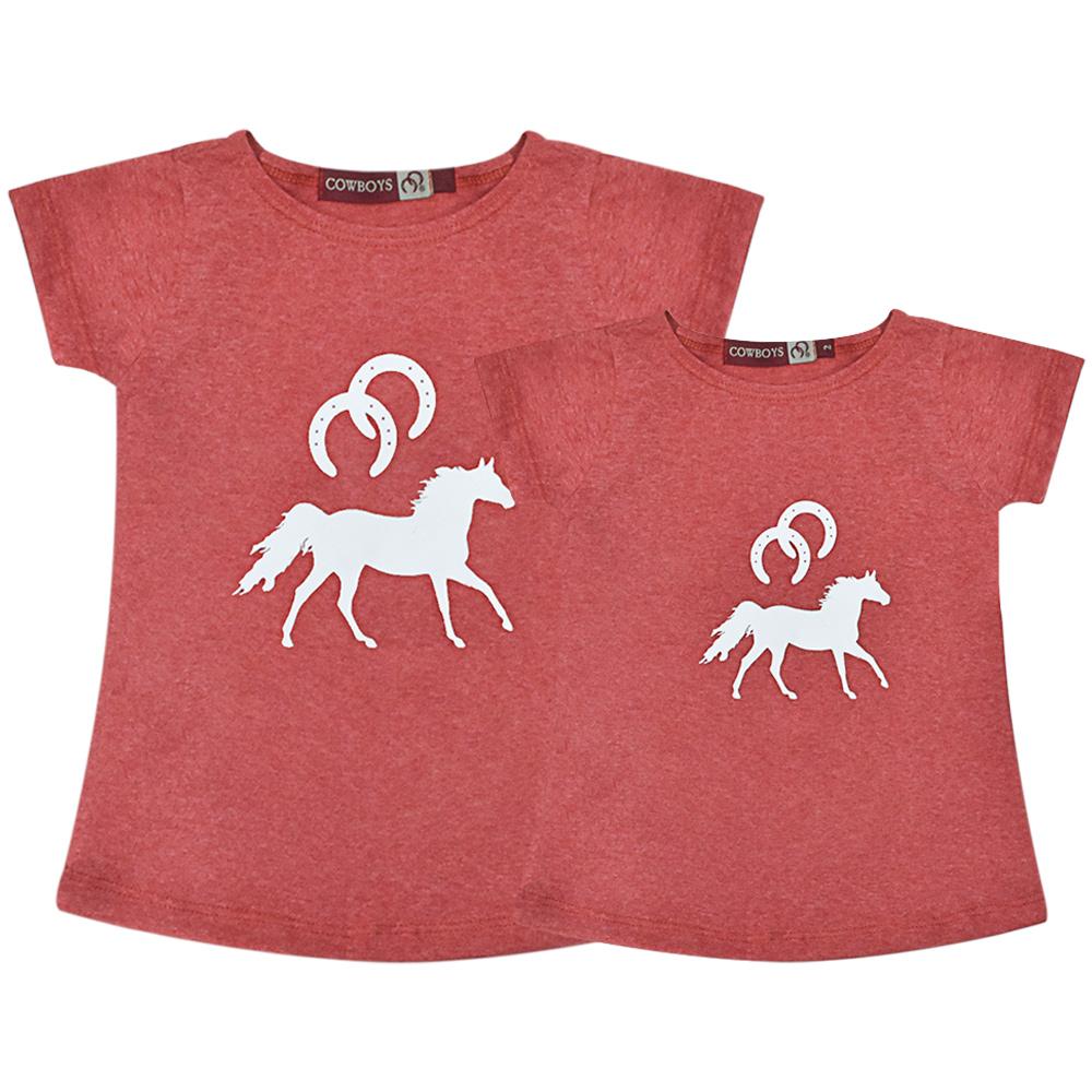 Blusinha Infantil Mãe e Filha Vermelha Mescla Cowboys Cavalo e Ferraduras