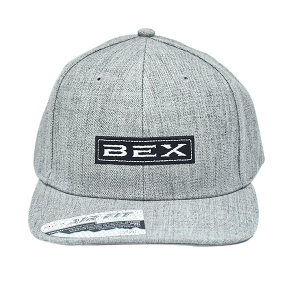 Boné Bex Cinza com Bordado Preto e Branco