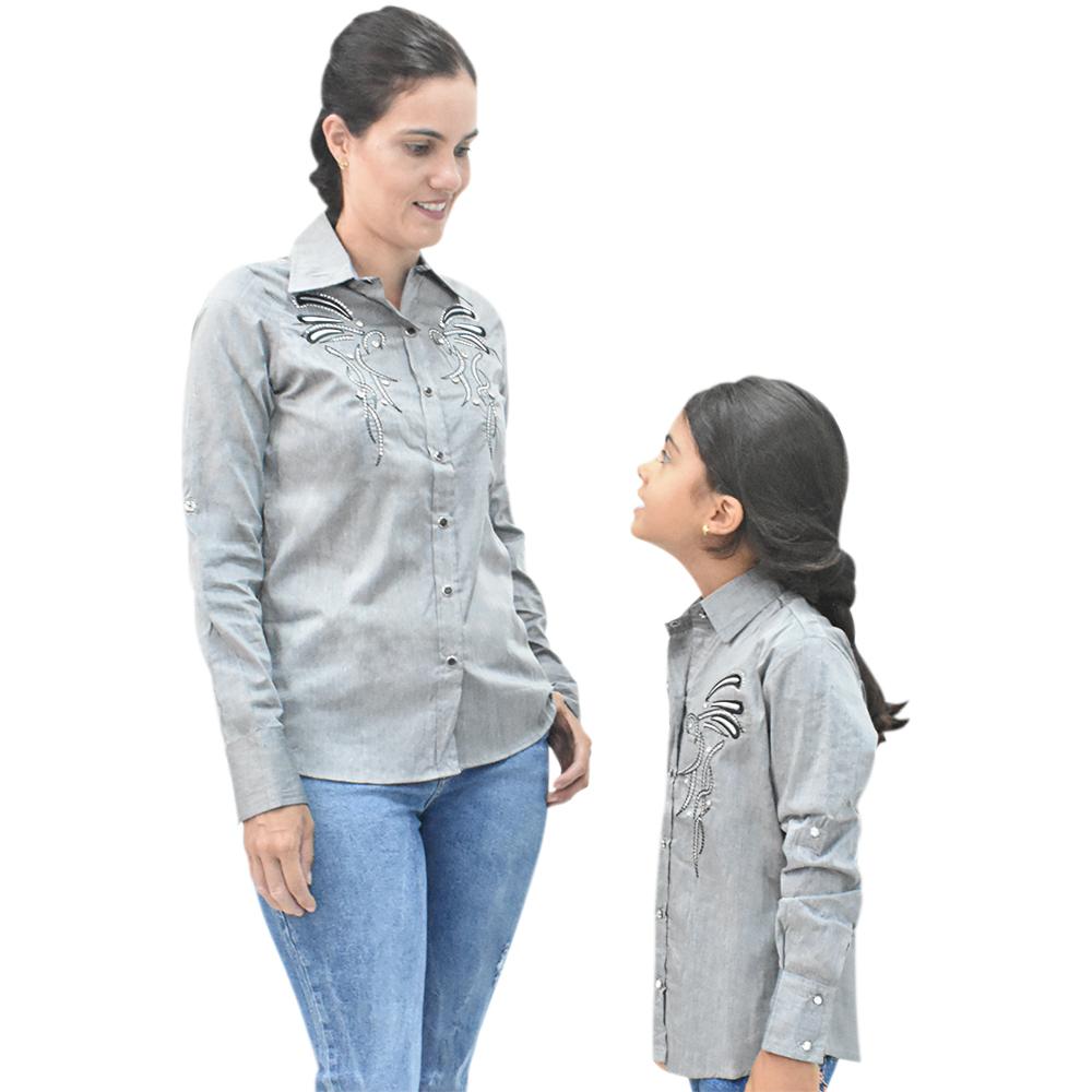 Camisa Feminina Mãe e Filha Lisa Cinza com Bordado Manga Longa