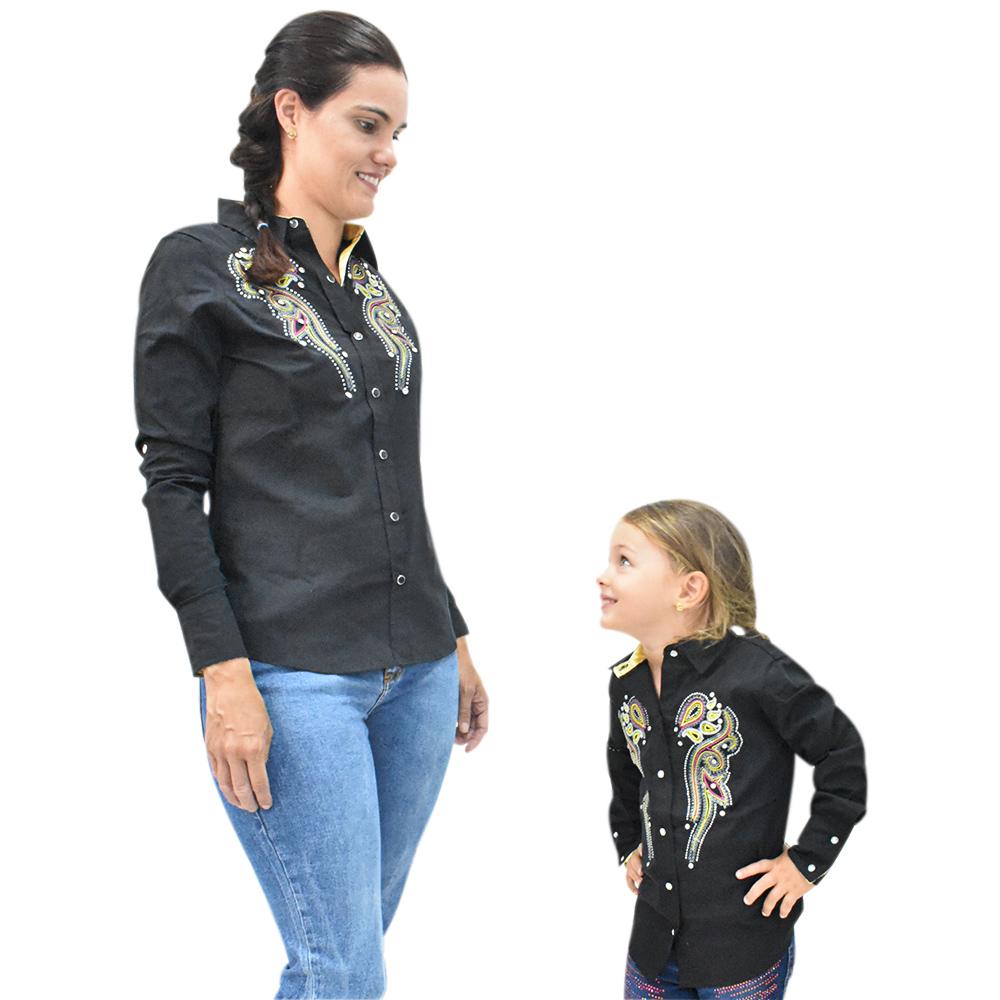 Camisa Feminina Mãe e Filha Lisa Preta com Bordado Manga Longa