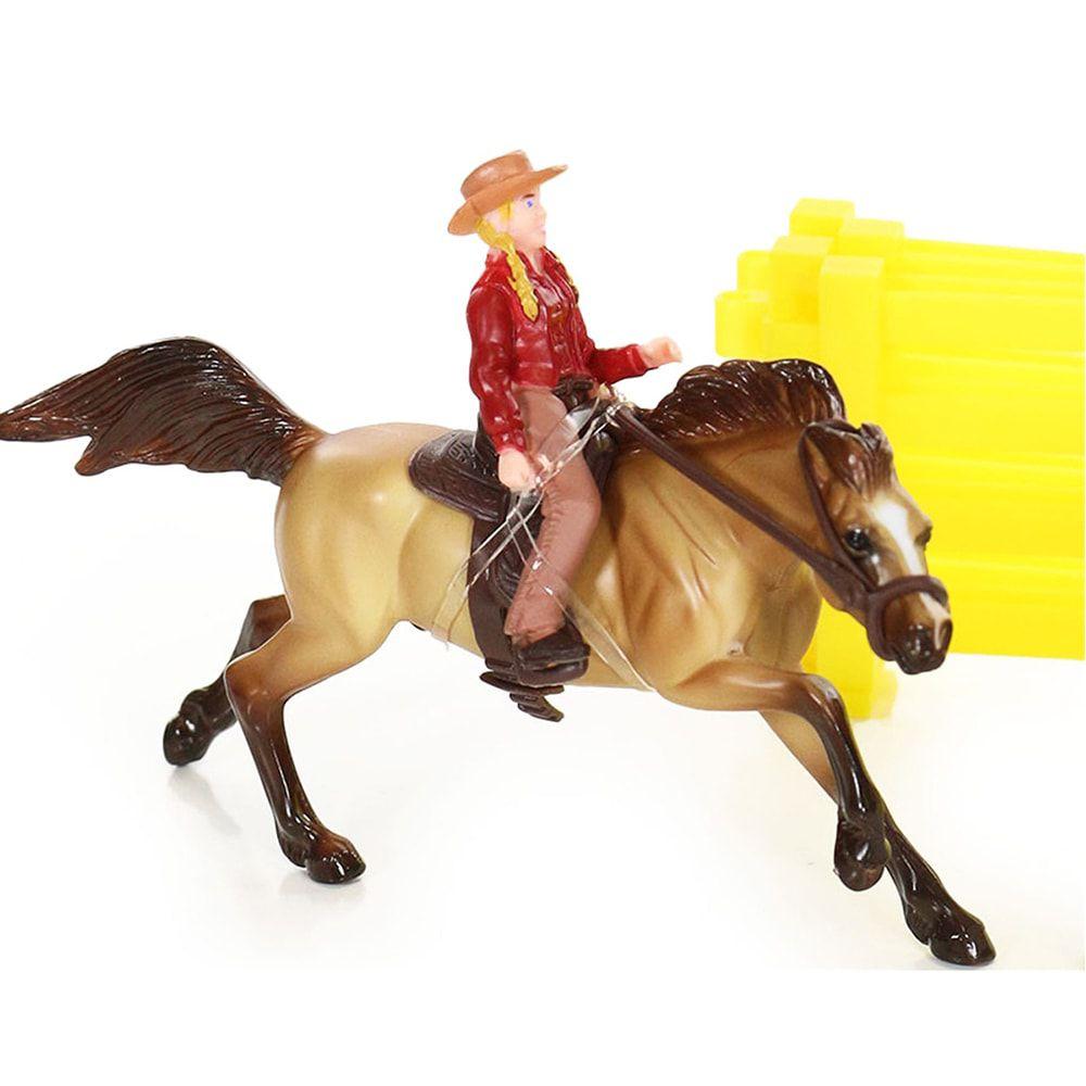 Cowgirl com seu Cavalo na Prova dos Três Tambores