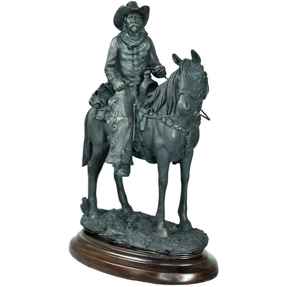 Estátua Cowboy Do Velho Oeste