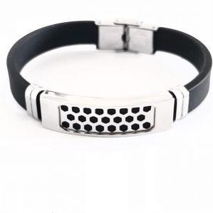 Bracelete Masculino De Aço Polido Com Detalhe De Furos