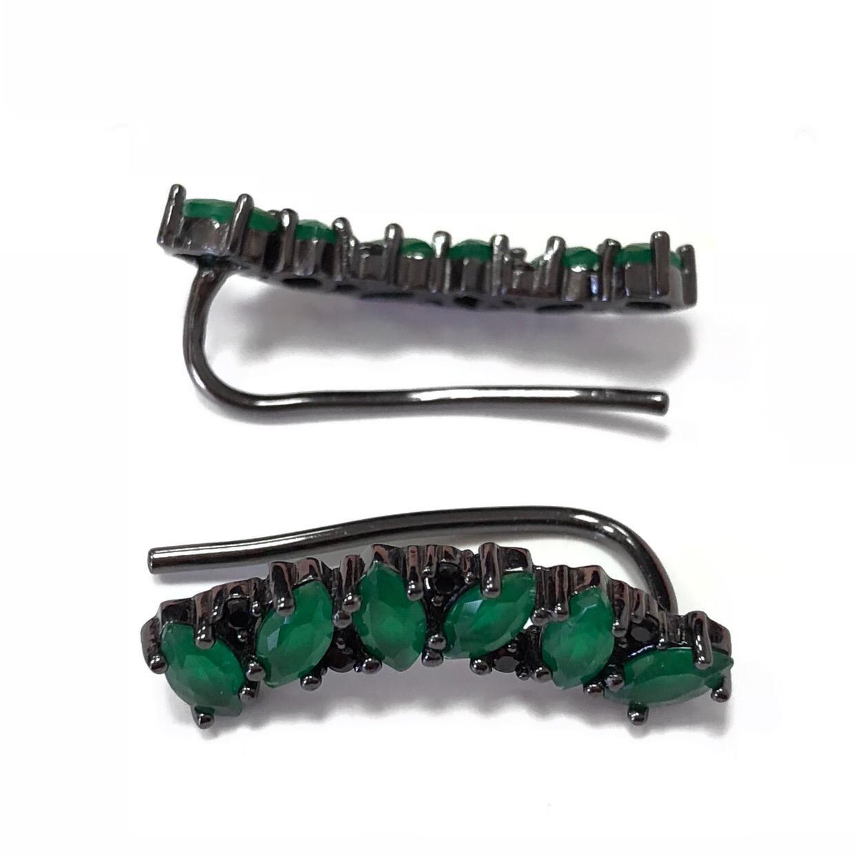 Brinco Earcuff Navetes Verde Detalhes Zircônia Preta em Prata 925 Banho em Ródio Negro.
