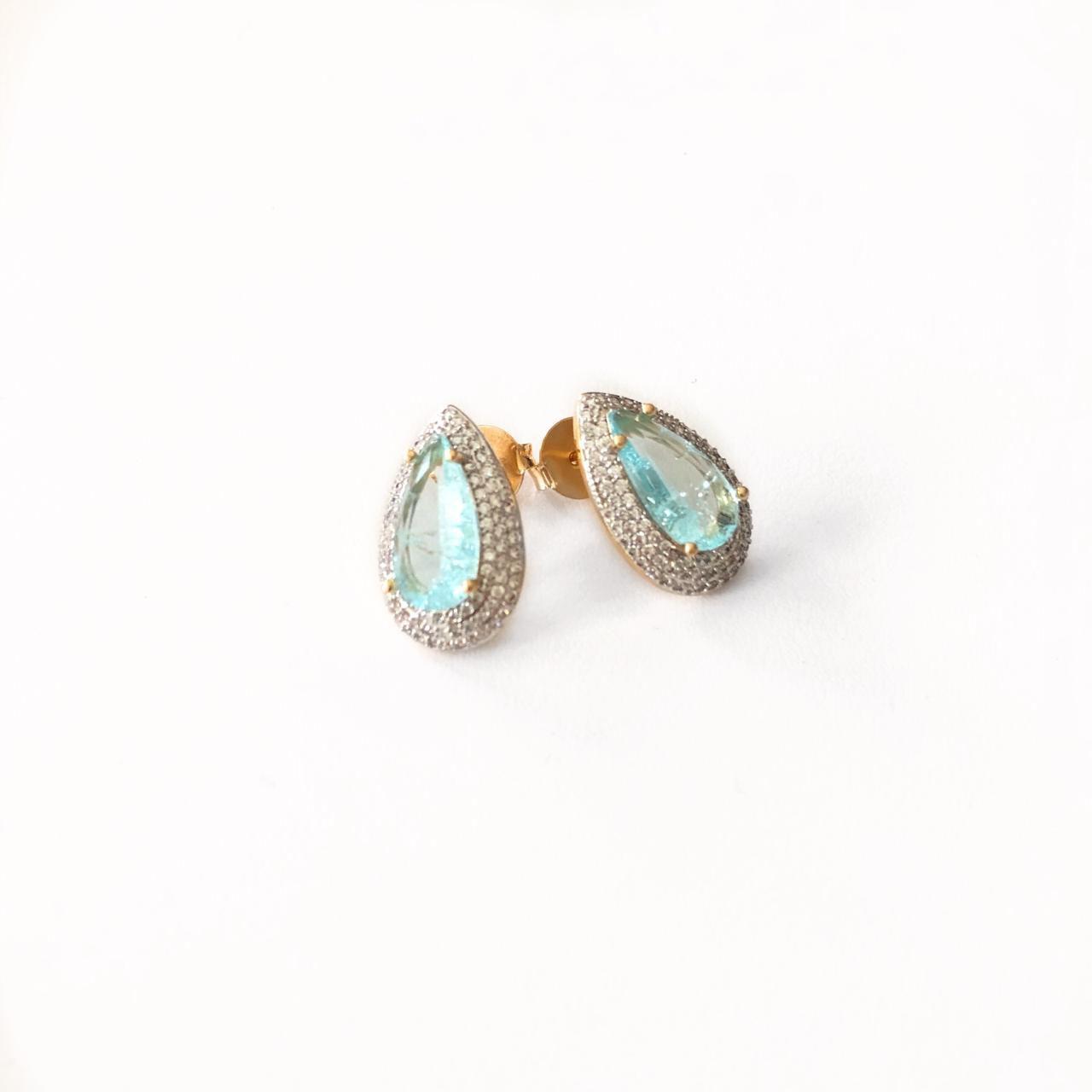 Brinco Gota Azul Tiffany Borda Cravejada com Zircônias Branca Banho em Ouro 18k