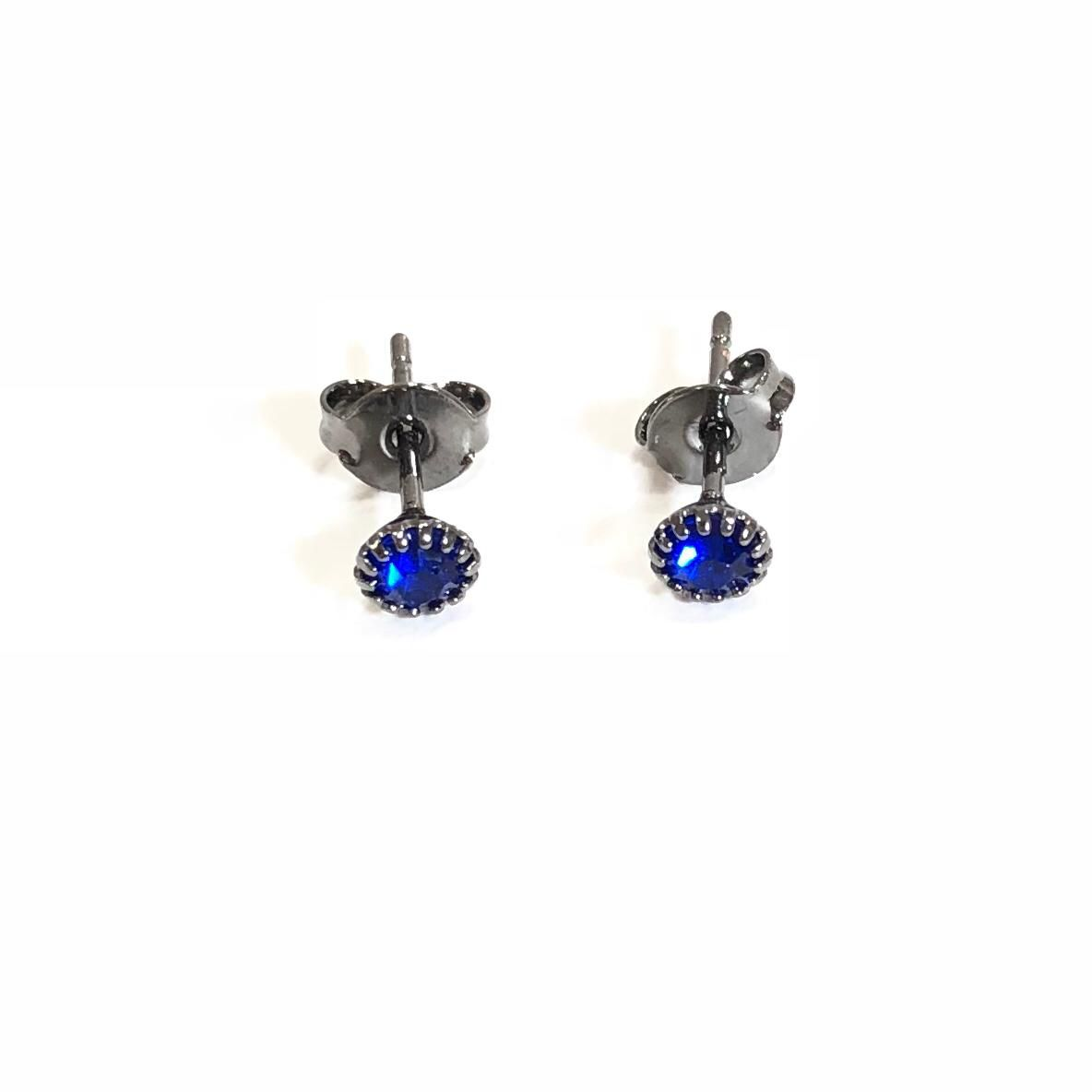 Brinco Ponto de Luz Pequeno Zircônia Azul Banho em Rodio Negro