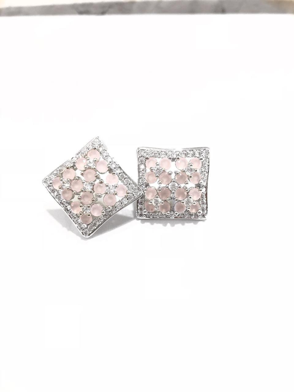 Brinco Quadrado Zircônia Branca E Rosa Banho Em Ródio