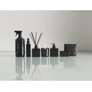 Vela Perfumada Trussardi Nero – Em vidro negro - luxo 200 g