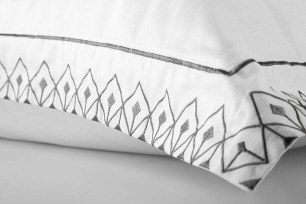 Jogo de Cama Casal Egípcio 300fios Design Minimalista Bordado Preto - Fence ByTheBed