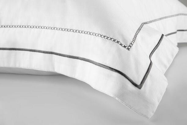 Jogo de Cama King Egípcio 300 fios Design Minimalista Bordado Preto - W.Bridge ByTheBed
