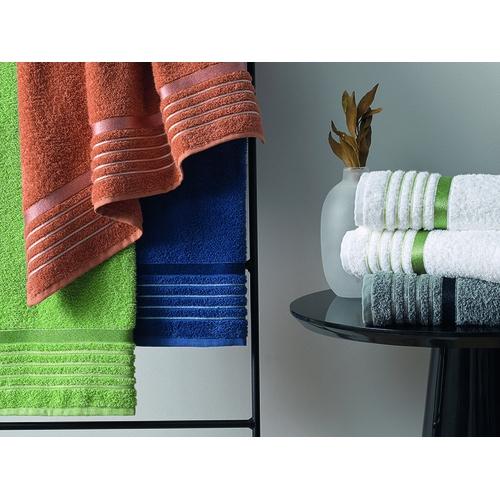 Jogo de toalhas Karsten 3 peças sendo 2 tolhas de corpo + 1 rosto – azul claro allure - tamanho padrão – 360g/m2 – otto karsten
