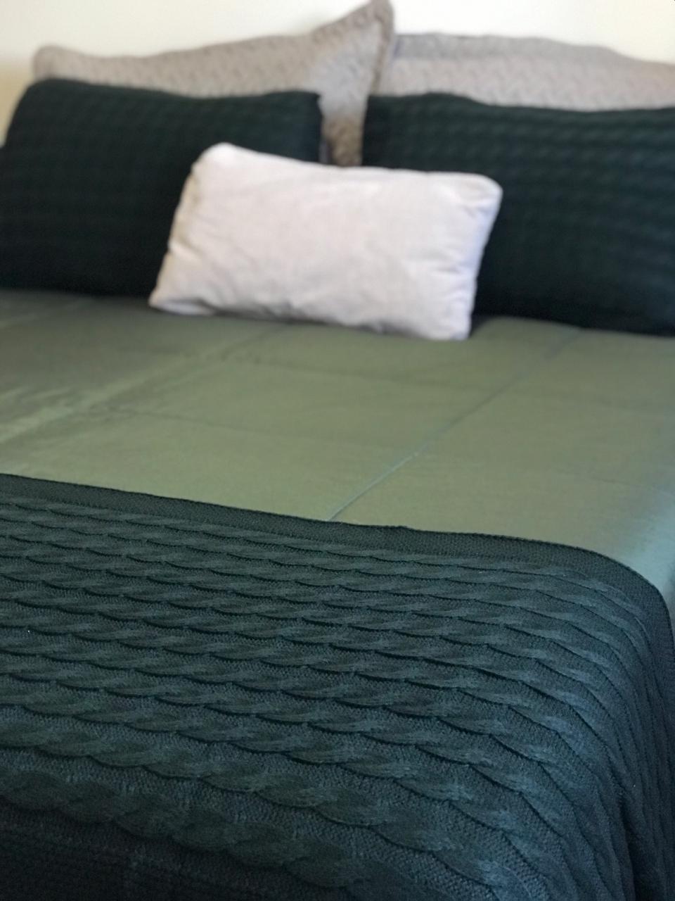 Peseira Tricot Clássico Verde Musgo Q 2,30x60 Paloma Home