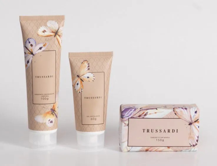 Presente trussardi - kit spa  hidratante + gel esfoliante + sabonete barra  presente trussardi