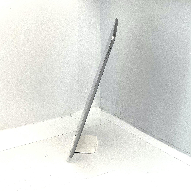 """iPad Air 9.7"""" 2a geração Space Gray 32GB Preto MGLW2LL/A Seminovo"""