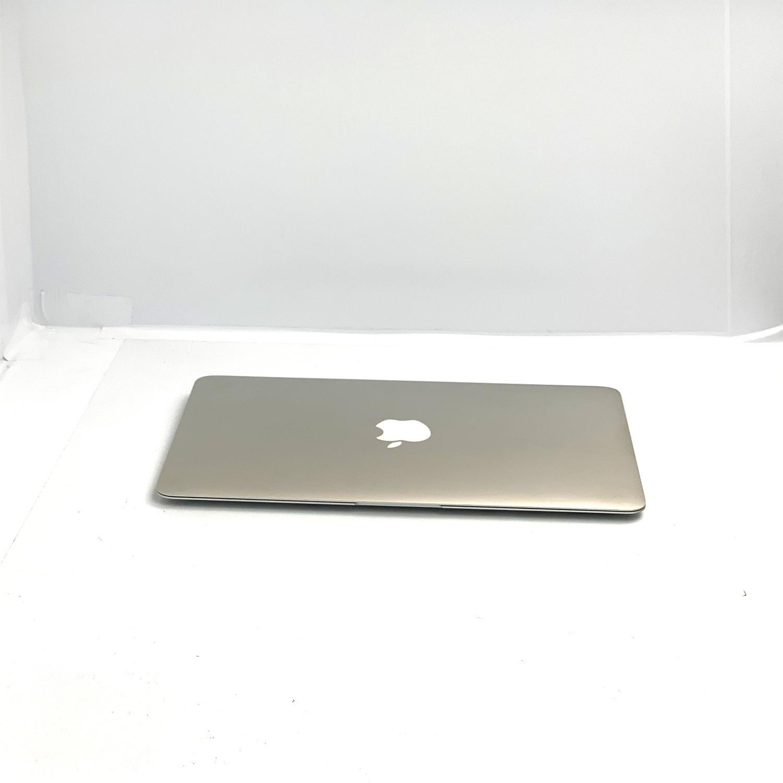 Macbook Air 11 i5 1.4Ghz 4GB 128GB SSD MD711LL/B Seminovo