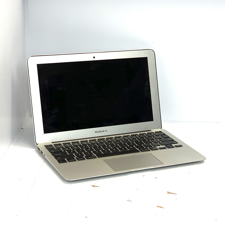 Macbook Air 11 i5 1.4Ghz 4GB 256GB SSD MD711LL/B Seminovo