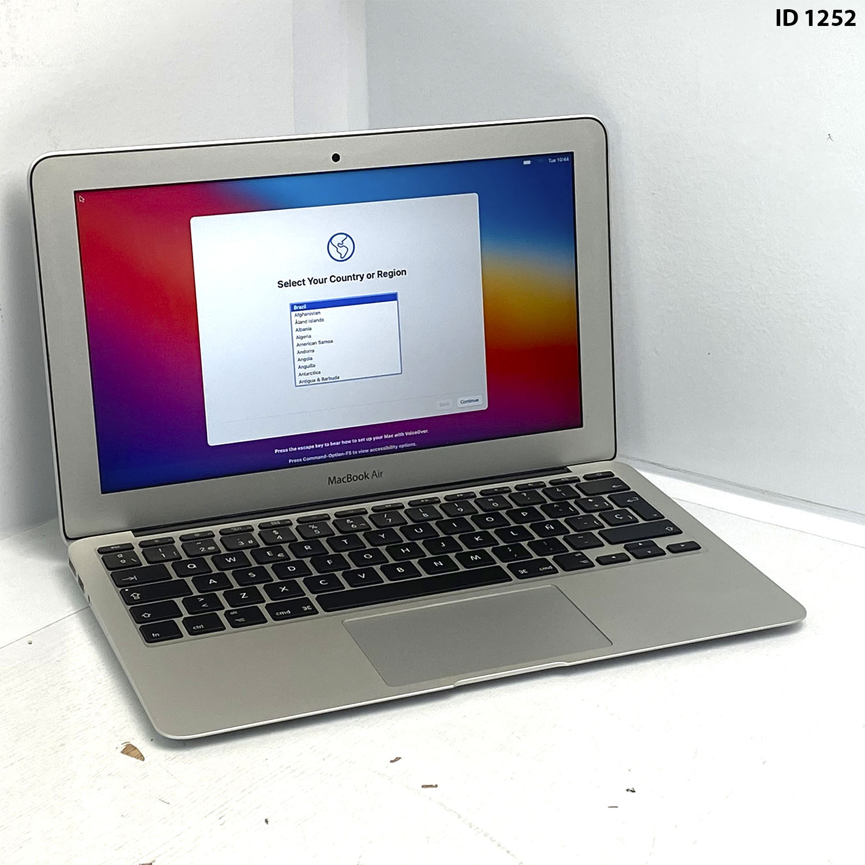 Macbook Air 11 i5 1.6Ghz 4GB 128GB SSD MJVM2LL/A Seminovo