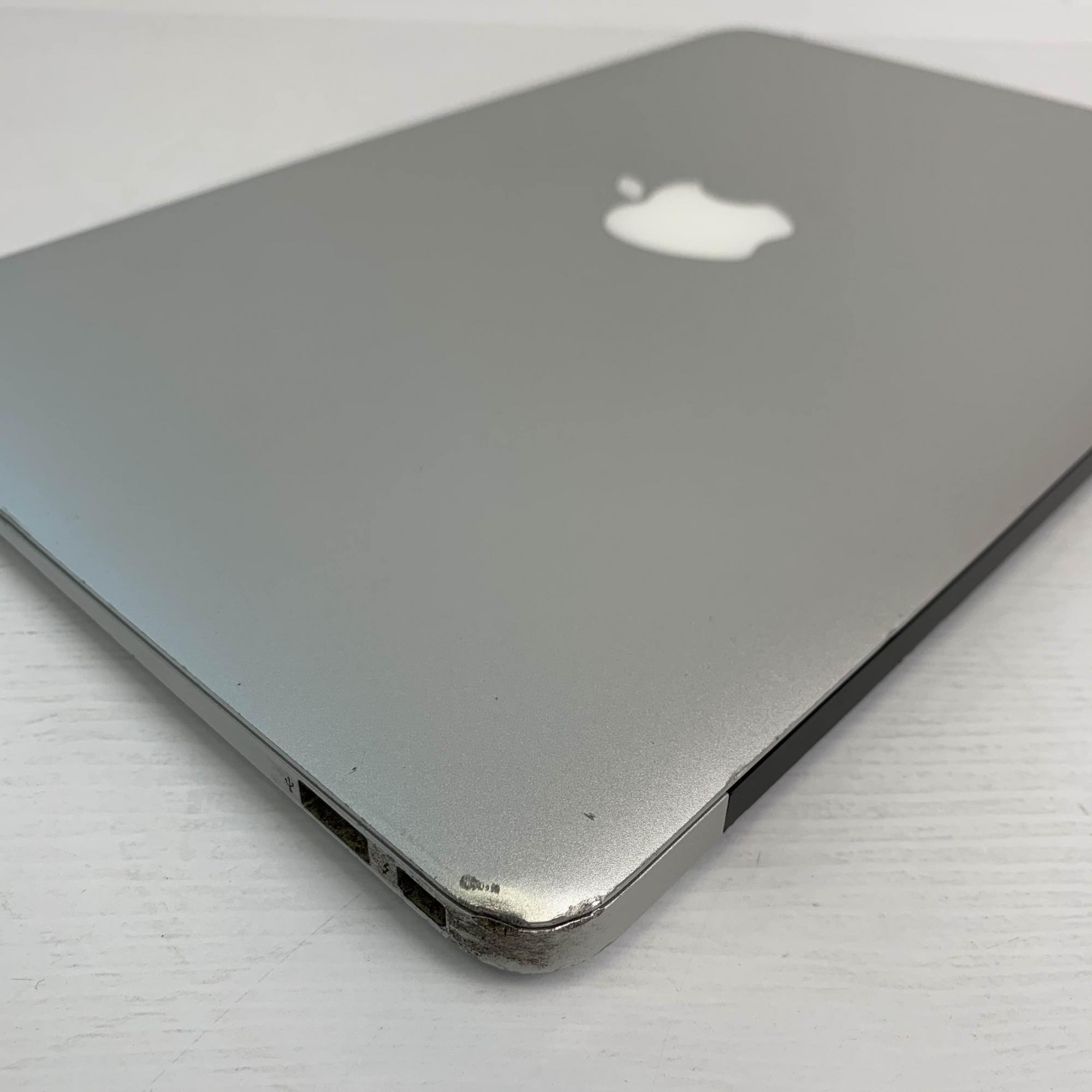 Macbook Air 11 i5 1.6Ghz 4GB 256GB SSD MJVM2LL/A Seminovo