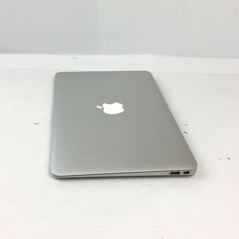 Macbook Air 11 i5 1.7Ghz 4GB 128GB SSD MD223LL/A Seminovo