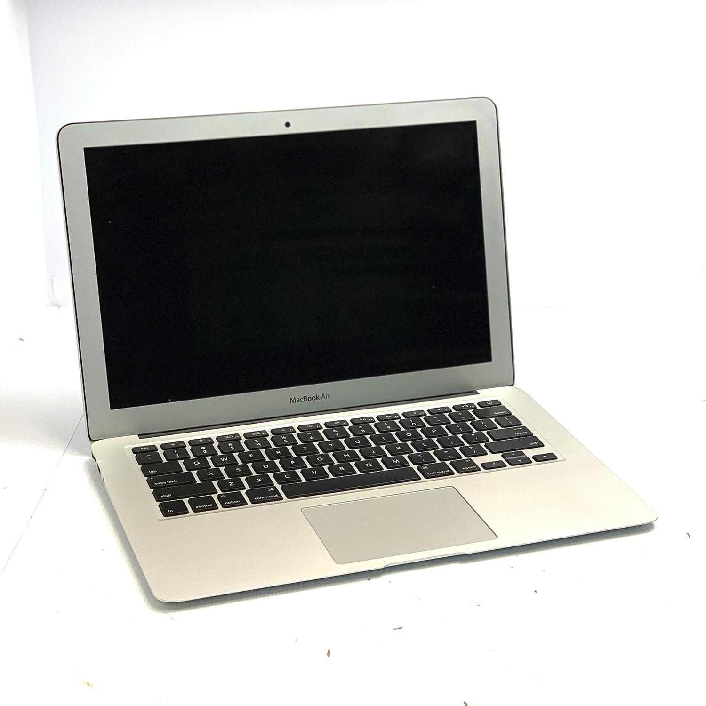 Macbook Air 13 i5 1.8Ghz 4GB 256GB SSD MD231LL/A Seminovo