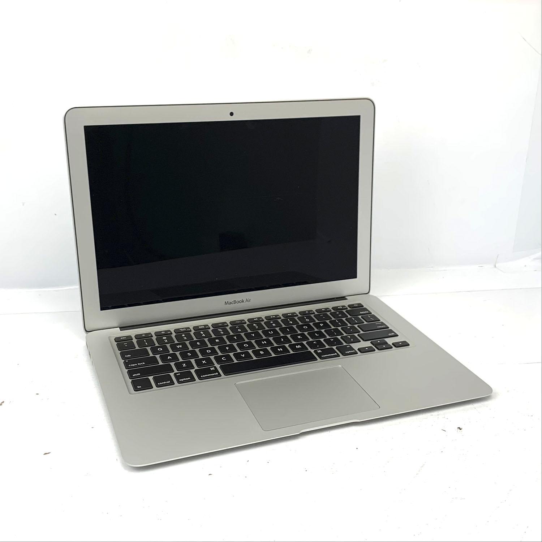 Macbook Air 13 i5 1.8Ghz 8GB 128gb SSD MQD32LL/A Seminovo