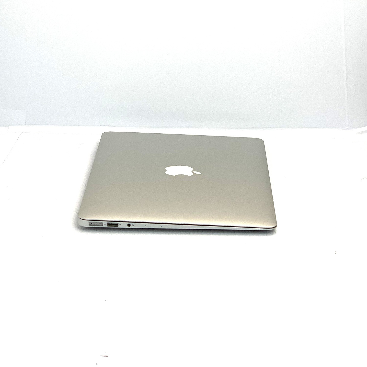 Macbook Air 13 i7 1.7Ghz 8GB 256GB SSD BTO/CTO Seminovo