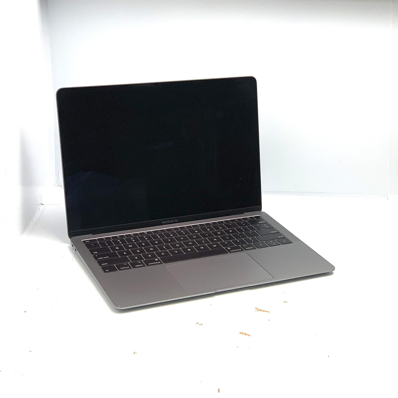 Macbook Air 13 Space Grey i5 1.6Ghz 8GB 128gb SSD MRE82LL/A Seminovo