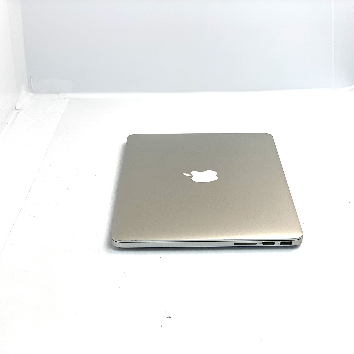Macbook Pro Retina 13 i5 2.4Ghz 4GB 512GB SSD ME864LL/A Seminovo